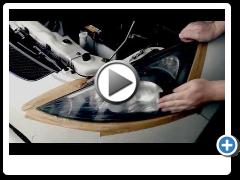 Механическая полировка передних фонарей (фар) на автомобиле на автомойке AUTOPAPA